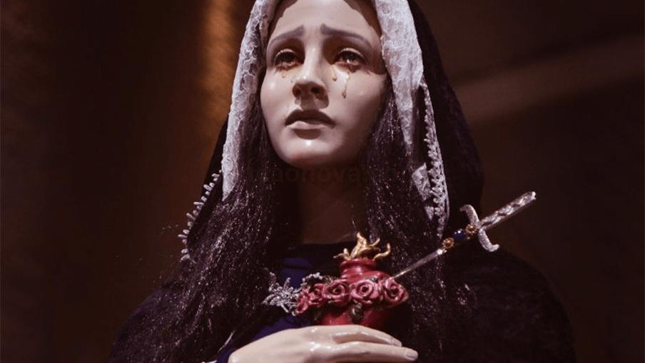 Nossa Senhora das Dores, rogai por nós!…